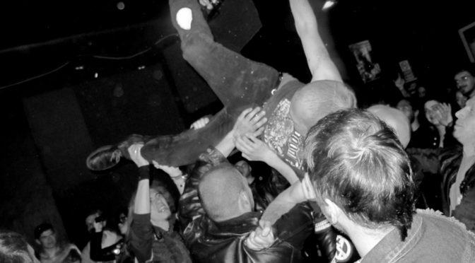 Hardcore Underground Trieste: concerti e manifesti in mostra al Posto delle Fragole