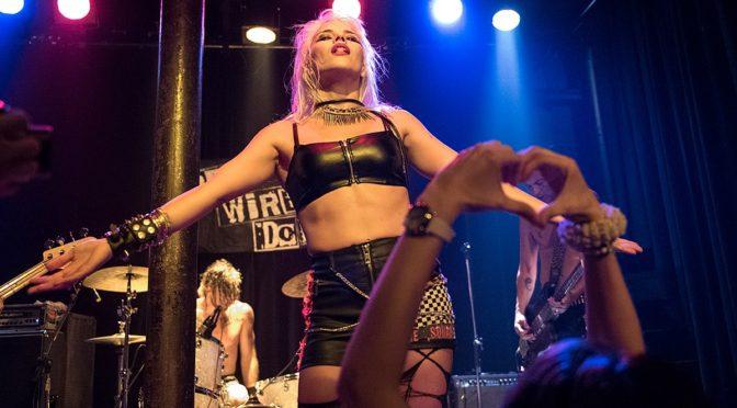 Svetlanas e Barb Wire Dolls, una greca e una milanese nuove 'regine' del punk