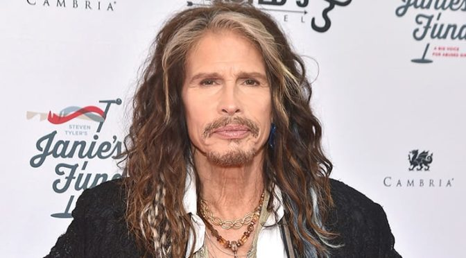 'Welcoming City of Misfits': così Steven Tyler si prepara al concerto a Trieste